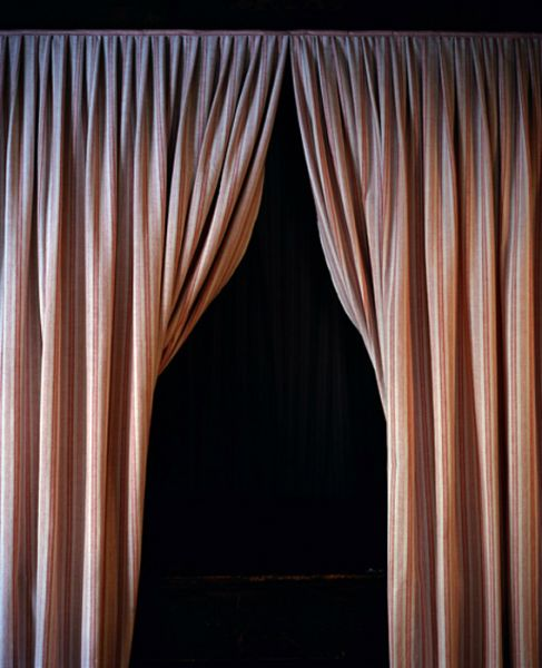 1_Anni Leppälä, Museum curtains, from the series Possibility of Constancy, 2007